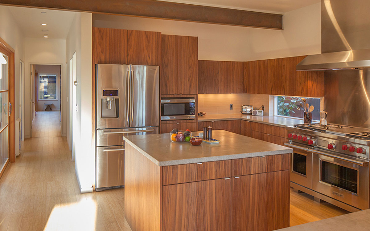 Reasonable kitchen cabinets white kitchen cabinets honey for Cheap kitchen cabinets san diego
