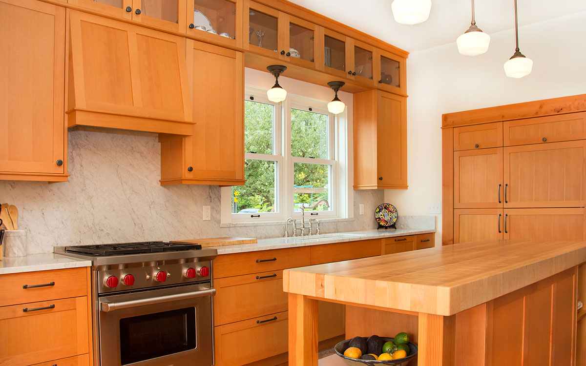 craftsman kitchen cabinets bellingham kitchen cabinets classic kitchen cabinets in seattle. Black Bedroom Furniture Sets. Home Design Ideas